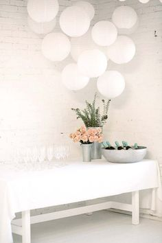 9 Easy Ways To Decorate For a Party – Group paper lanterns together to create a focal point. They also look like balloons but last a lot longer so you can use them for other parties. – Decorations Previous Post Next Post Engagement Party Decorations, White Party Decorations, Easy Table Decorations, Engagement Party Planning, Engagement Parties, Engagement Pictures, Engagement Shoots, Engagement Photography, Wedding Engagement