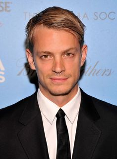 Joel Kinnaman - The Killing