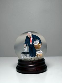 Packing It In  http://www.presidentsrus.com/2009/01/15/your-bush-magic-memories-moment-o%E2%80%99-the-day/