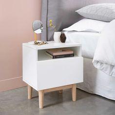 Table de chevet vintage en bois blanc L 40 cm