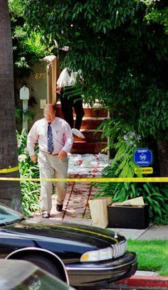 Oj Simpson Case, Ronald Goldman, Fall From Grace, Serial Killers, True Crime, Brown, Outdoor Decor, Crime Scenes, Juice