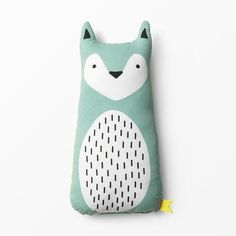 Very cute pillow stuffed animal Kudde djur & natur, nileblue Sewing Toys, Baby Sewing, Sewing For Kids, Diy For Kids, Fabric Toys, Toy Art, Sock Animals, Cute Pillows, Baby Decor