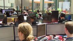 Le Challenge Pixel - Compétitions jeux vidéo et animation by Rencontres Cinématographiques. L'équipe de Télé-Québec a suivi les participants tout au long des 48 heures et nous a concocté un reportage qui résume le tout! Animation, Pixel, Around The Worlds, Challenge, Events, Videos, Image, Video Games, The Hours