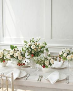 Wedding Recetion Garden Party (with berry centerpeices) from Martha Stewart Weddings