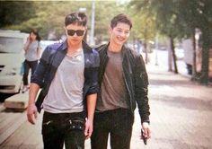 Your number one Asian Entertainment community forum! Korean Drama Funny, Korean Drama Series, Korean Actresses, Korean Actors, Desendents Of The Sun, Song Joong Ki Birthday, Song Joon Ki, Sun Song, Frases