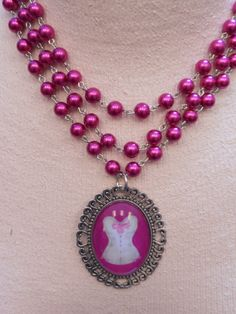 SHOCKING PINK fuchsia glass pearl Paris by SiouxZanneMessix