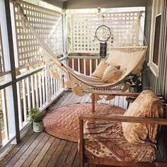 Vintage Furniture Free your Wild :: Beach Boho :: Living Space :: Bedroom :: Bathroom :: Outdoor :: Decor Design :: See more Bohemian Style Home Inspiration - Bohemian Home Decor Ideas - Live DIY Ideas European Apartment, Apartment Living, Apartment Porch, Apartment Design, Apartment Patio Decorating, Screen Porch Decorating, Hawaii Apartment, Small Cozy Apartment, Apartment Cost