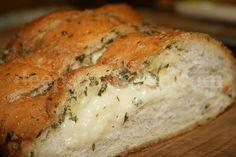 Deep South Dish: Cheesy Garlic Bread