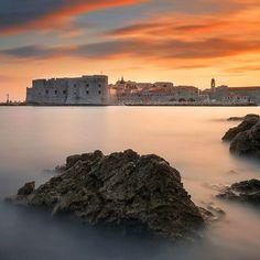bring you to Dubrovnik Croatia .  Photo by @oldkyrenian . Tag us or use #travelshotba in your images . Follow:  @travelshot.ba @travelshot.eu . . . . . . . . . . #croatiafulloflife #crostagram #lovecroatia #visitcroatia #ig_croatia #hrvatska #instacroatia #croatia_photography #putopis #croatian #igerscroatia #croatiafullofmagic #zagreb #split #osijek #dubrovnik #karlovac #pula #rijeka #sisak #sibenik #croatiangirl #zadar #slavonija #Adventureculture#tourtheplanet #cro #balkan_hdr