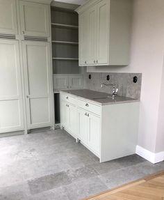 Kitchen Interior, New Kitchen, Interior And Exterior, Diy Wall Decor, Home Decor, Farrow Ball, Small Apartments, Interior Inspiration, Laundry Room