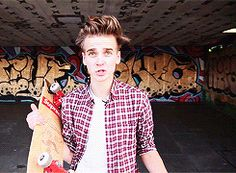 german girlies Joe And Zoe Sugg, Joe Sugg, Sugg Life, I Love Him, My Love, Caspar Lee, Zoella, My Crush, Justin Bieber