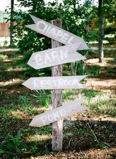 woodsy wedding sign // photo by KrystleAkin.com