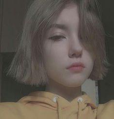 Shot Hair Styles, Hell Girl, Western Girl, European Girls, Tumblr Girls, Ulzzang Girl, Aesthetic Girl, Woman Face, Swagg