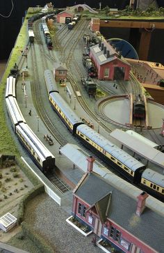 Fordingbridge Model Railway Exibition – April 2014 – James' Train Parts N Scale Model Trains, Scale Models, Small World, Ho Train Layouts, Escala Ho, Model Railway Track Plans, Ho Trains, Planer, Scenery