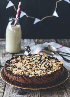 Raw Chocolate Cake-1