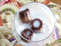 Glaçon chocolat, fondre de plaisir dans une verre de lait