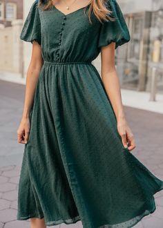 Modest Outfits, Modest Fashion, Dress Outfits, Fashion Outfits, Green Dress Outfit, Fall Fashion, Woman Fashion, Fasion, Fashion Styles