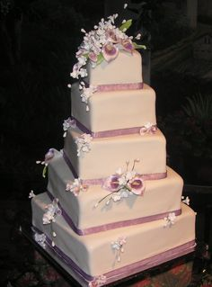 I didn't know I loved these mauve and ivory colors until I got on this mild cake obsession. Oh the things we learn from Pinterest! Cake by Sweet Delights Wedding Cakes.
