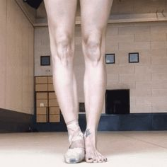 After a lot of practice, you get HELLA STRONG. | 16 Photos That Prove Ballerinas Are Strong AF