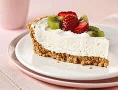 PHILADELPHIA No-Bake Cheesecake recipe: Graham crackers, Splenda, margarine, fat-free cream cheese, sugar-free Cool Whip. Ww Desserts, Weight Watchers Desserts, Delicious Desserts, Dessert Recipes, Yummy Food, How To Make Cheesecake, Baked Cheesecake Recipe, Pumpkin Cheesecake, Whip Cheesecake
