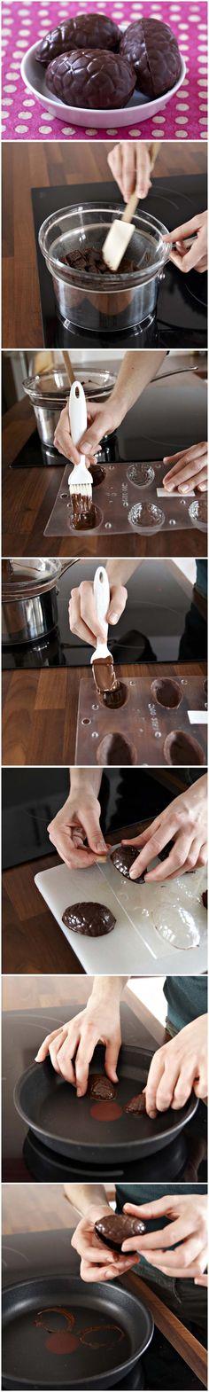 Oeufs de Pâques en chocolat fait maison – DIY tutoriel pas à pas