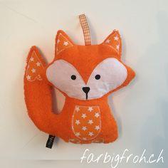 www.farbigfroh.ch #Fuchsrassel #Rassel