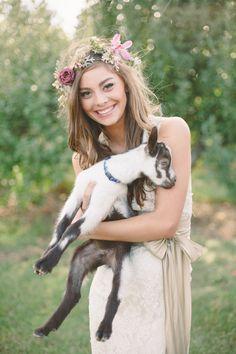 baby goat. awwwww #pinkwedding #bohowedding #weddingchicks http://www.weddingchicks.com/2013/12/26/pink-and-gold-wedding-ideas-2/
