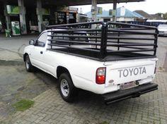 2002 Toyota Hilux 2.4 diesel Goodwood - image 6