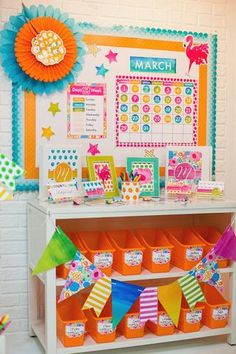 Cute board setup for check in Classroom Setting, Classroom Setup, Classroom Design, Kindergarten Classroom, Future Classroom, Classroom Organization, Google Classroom, Class Decoration, School Decorations