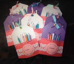 Leuke verjaardags uitnodigingen! School Treats, Youre Invited, Favor Boxes, Favors, Invitations, Cake, Birthday, Desserts, Kids