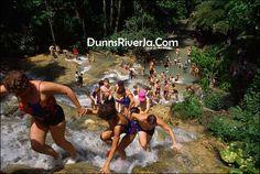 Dunn's River Falls - Jamaica
