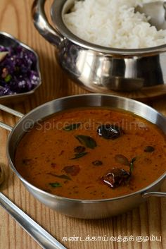 Any form of vathal kuzhambu is one awesome combo for curd rice. I've already posted a detailed Vathal kuzhambu recipe using manathakali vathal using special homemade vatha kuzhambu podi. Burfi Recipe, Curry Recipes, Vegetarian Recipes, Healthy Recipes, Easy Sambar Recipe, Lamb Gravy, Mutton Curry Recipe, Indian Food Recipes