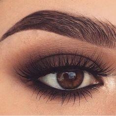 brown eyeshadow I just love the all brown look Green Smokey Eye, Smokey Eye For Brown Eyes, Brown Eyeshadow Looks, Eye Makeup Steps, Eye Makeup Art, Makeup Eyes, Wedding Makeup For Brown Eyes, Dramatic Makeup, Dramatic Eyeshadow