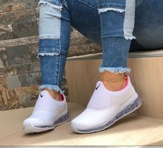 Shop buy women's shoes - black, leather, high heel, casual shoes at ZAFUL. Find the trendy black shoes, leather shoes and casual shoes for women at affordable prices. Hot Shoes, Crazy Shoes, Me Too Shoes, Basket Originale, Tenis Nike Casual, Sneakers Fashion, Fashion Shoes, Basket Style, Sneaker Store