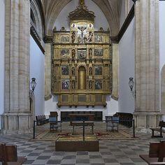 Capilla del Colegio del Arzobispo Fonseca (Salamanca) - Category:Altarpieces by Alonso Berruguete — Wikimedia Commons