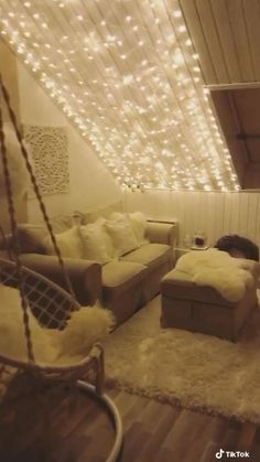 Teen Bedroom Designs, Room Design Bedroom, Cute Bedroom Ideas, Cute Room Decor, Teen Room Decor, Room Ideas Bedroom, Bedroom Kids, Bedroom Wall, Dorm Room Canopy