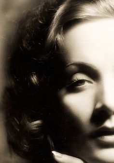 Marlena Dietrich: Silver Screen Star/Actress
