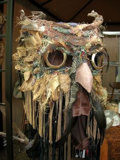 Hoot or like this with glitter for Mardi Gras mask