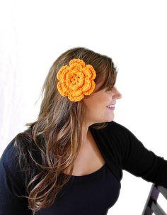 Crochet tropical hair clip