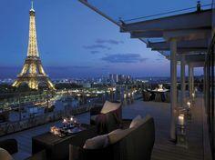Shangri La Hotel, Paris.