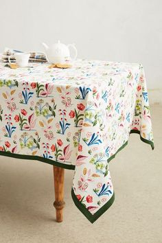 Villa Floral Tablecloth