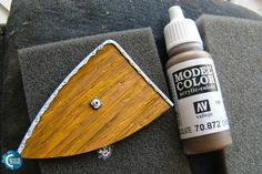 Coloured Dust: How to paint wood?