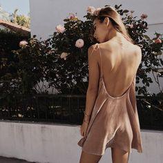 #velvetdress #roze #openback #fashion #mode