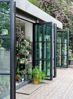 The more windows the better! Love the indoor outdoor feel and nature mixed with living. Garden Design, House Design, Pergola Designs, Landscaping Design, Garden Landscaping, Windows And Doors, Steel Windows, Steel Doors, My House
