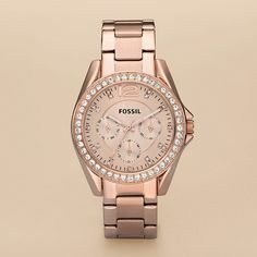 I'm asking Santa for this for Christmas this year. :) Fossil rose gold watch...only about $125!