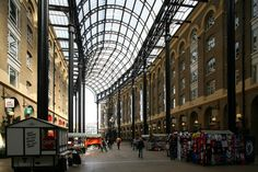 Michael Twigg Brown and Partners | Hays Galleria | Londres, Reino Unido | 1986