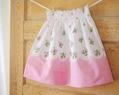 Girls M 5/6 Vintage Floral Pillowcase Skirt by ChirpAndBloom