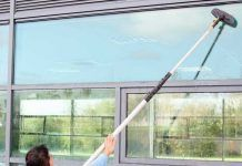 Make Your Office Clean By Hiring Best Window Cleaners Window