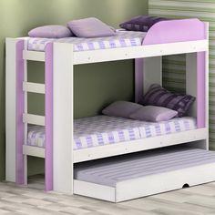 Quer deixar o quarto dos filhos com uma decoração divertida, mas gastando pouco? Aposte em móveis que já têm cor! #Prod98425
