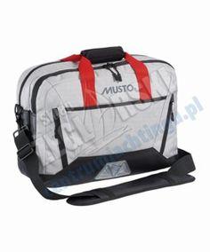 fb9fbe9c0e54e Poręczna i praktyczna torba MUSTO NAVIGATORS CASE - stworzona do  codziennego użytku, zarówno w pracy